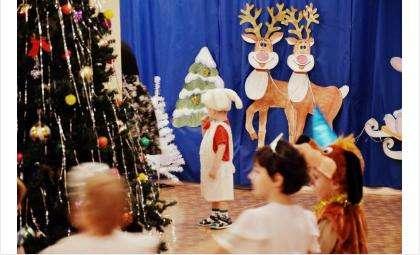 Сладкие подарки от города получат более 220 детей