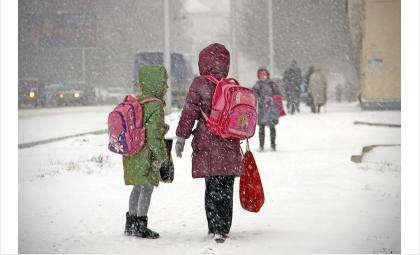 О том, что ваш ребенок вернулся после школы домой, вы узнаете благодаря охранной системе Ajax