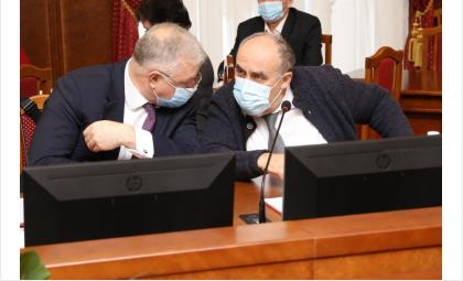 Депутаты обсудили вопрос поставки медикаментов в сёла