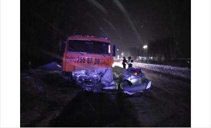 В ДТП с КамАЗом погиб 22-летний водитель «Тойоты» в Новосибирске