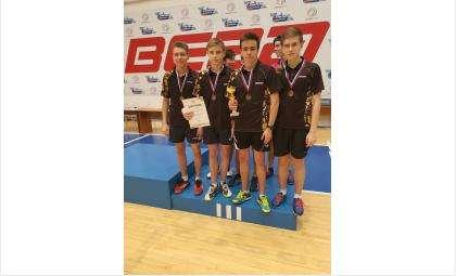 Денис Полосухин из Бердска – победитель первенства СФО по настольному теннису