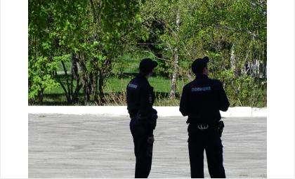 """Для полицейских понятия """"удалёнка"""" не существует. Они патрулировали улицы и в дни тотального локдауна"""