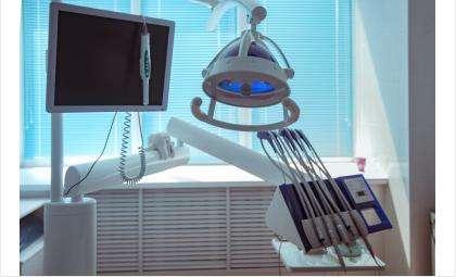 Хотите привести зубы в порядок? Приглашаем вас на прием в клинику «Вега»!