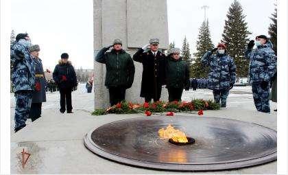 День Росгвардии в Новосибирске отметили торжественным построением