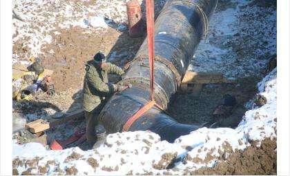Новые трубы водозабора в Бердске соединяют с насосной станцией