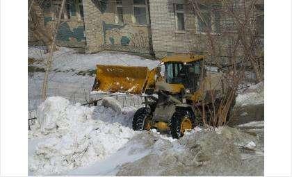 Вывоз снега с улиц Бердска продолжается