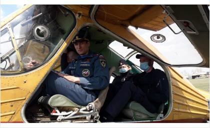 Начальник ОНД Николай Степоненков с воздуха оценил пожарную обстановку в Бердске