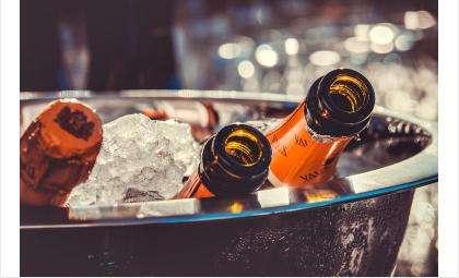 Продажу алкоголя в День России запретили в Бердске