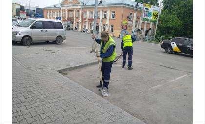 Уборка улиц - одно из мест, где могут работать осужденные