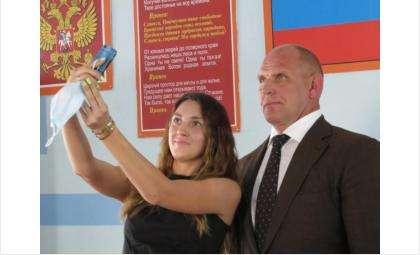 Депутатом ГД по Искитимскому округу был Александр Карелин