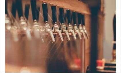 Продажа алкоголя лицам младше 18 лет строго запрещена