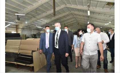 Андрей Травников оценил организацию эффективного производства на предприятии