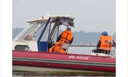 Спасатели извлекли тело из воды