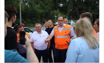 Депутаты и эксперты проверили участок дороги