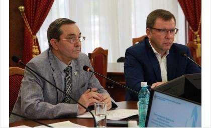 На заседании комитета Законодательного Собрания