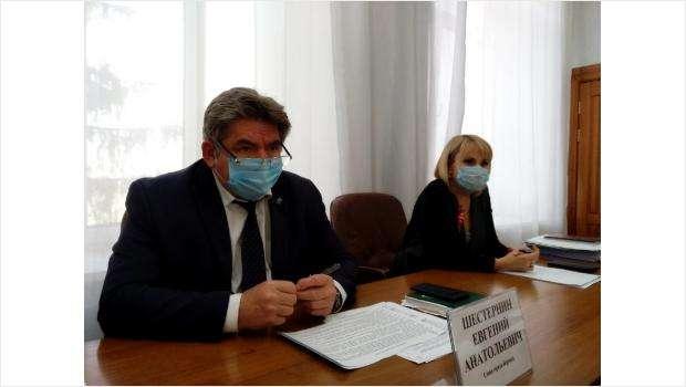 Глава Бердска Евгений Шестернин и зам по экономике Жанна Шурова