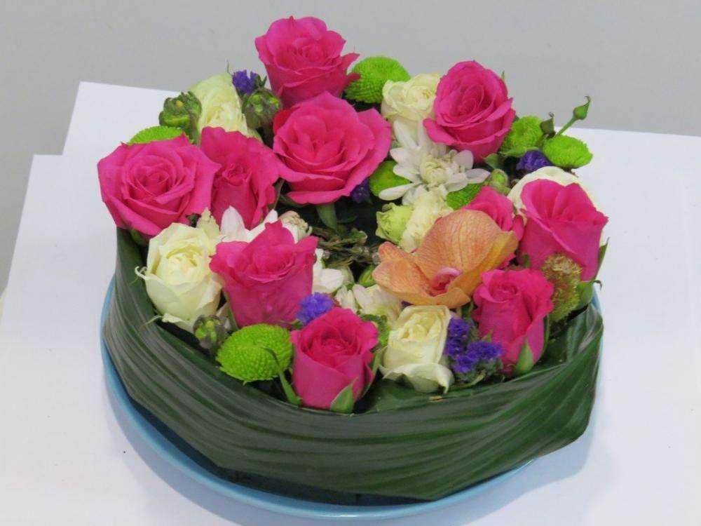Цветов женщине доставка цветов в бердске акции созданию