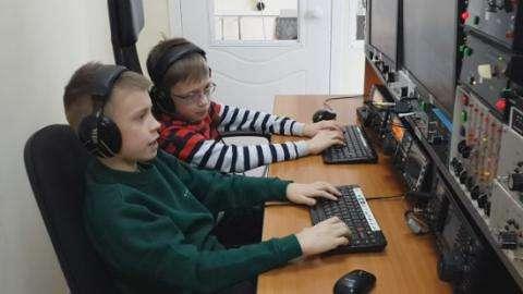 Один из самых титулованных в стране 10-летний радиоспортсмен живет в Бердске