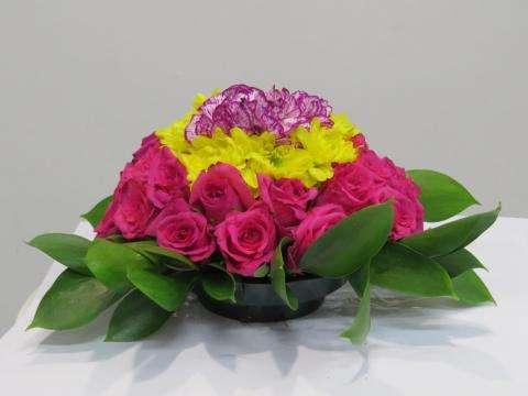 Салон «Ирис» в Бердске: недорогие цветы и букеты для любого случая