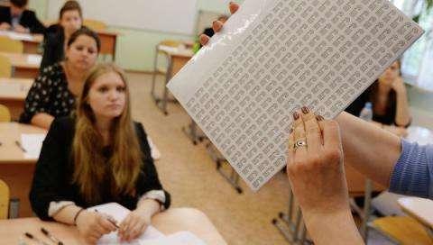 Выпускники могут получить право дважды пересдавать ЕГЭ с 2016 года