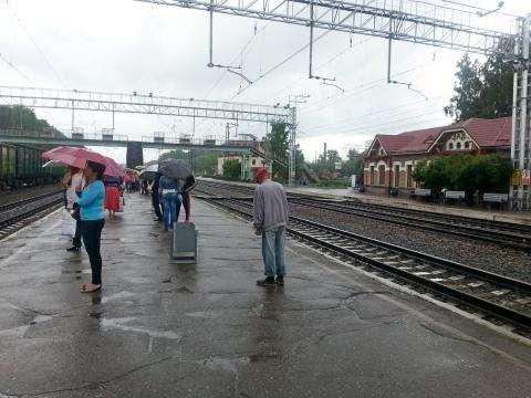 Транспортная полиция отвечает за безопасность и поддержание правопорядка на территории железной дороги