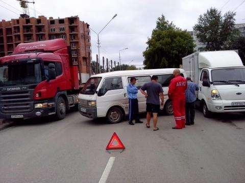 ДТП на ул. Рогачева в Бердске