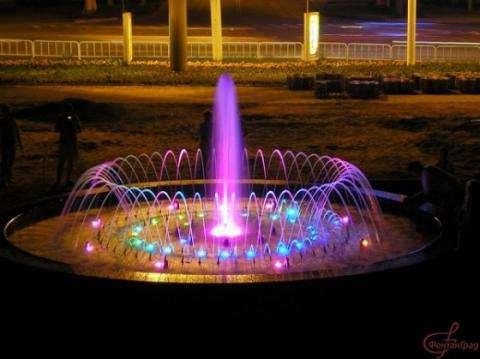 У бердского фонтана должно быть название