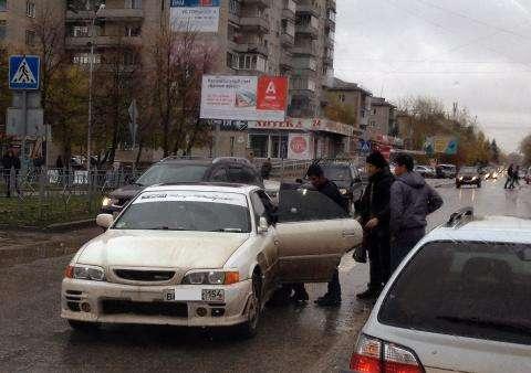 Пострадавшей на пешеходном переходе женщине оказали неотложную помощь очевидцы ДТП