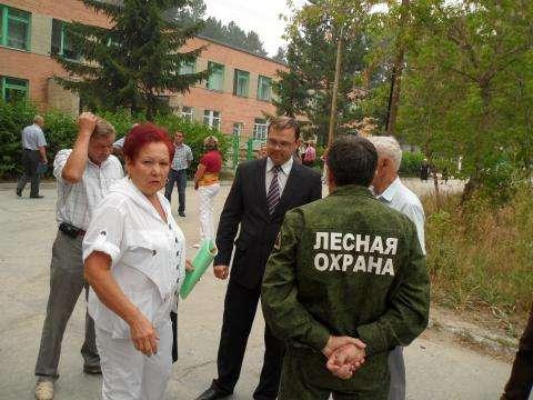Жительница Нового поселка Раиса Губина несколько лет активно добивается прекращения строительства в лесополосе