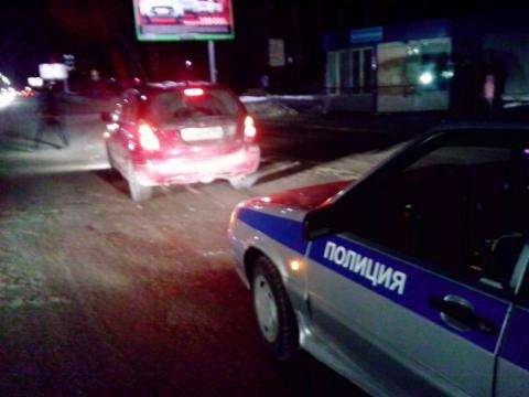 Автомобиль Сузуки сбил женщину с ребенком