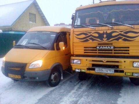 Пассажирская маршрутка в Бердске попала в ДТП