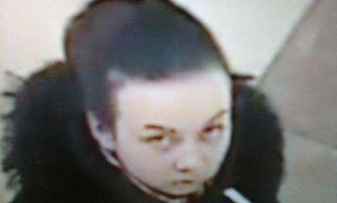 Девушка украла в бутике в Бердске духи стоимостью 2300 рублей