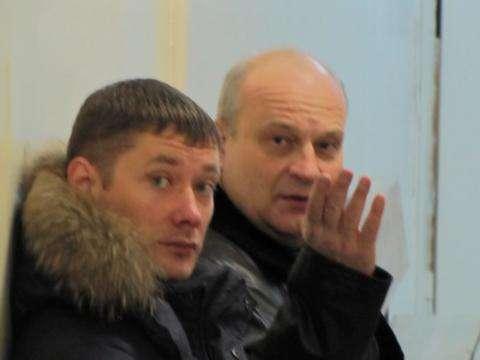 Адвокат Роман Скасырский и экс-директор винзавода Игорь Матвеев (на фото справа)