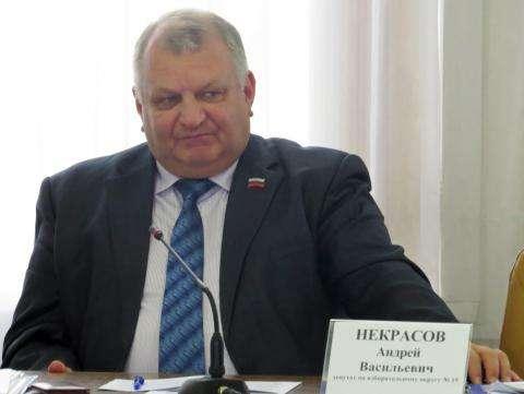 Депутат Некрасов поставит «неуд» и.о. мэра Бердска за кадровую работу