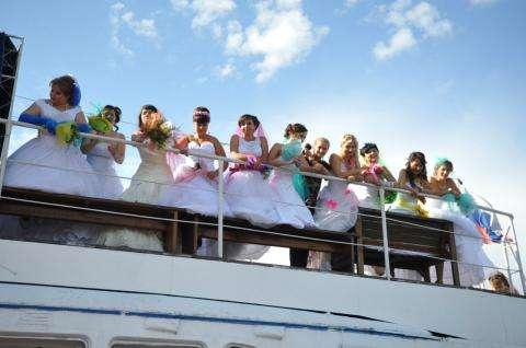 Участницы парада невест-2015