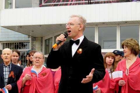 Музыкант Леонид Долгов второй год подряд будет солистом во время флэшмоба «День Победы»