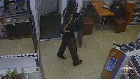 Гражданин Томска нападал савтоматом нановосибирские АЗС