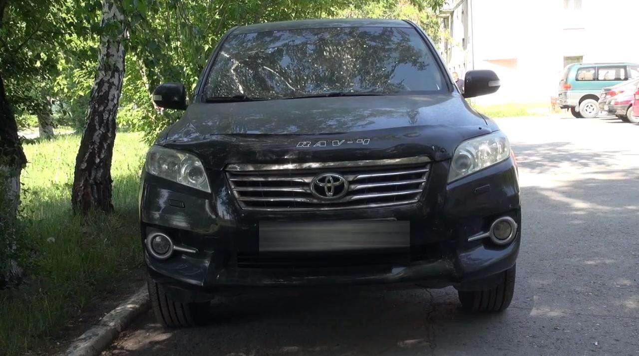 В Новосибирске полицейские вернули женщине автомобиль, украденный четыре года назад